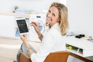 Smart-pralka: funkcjonalny model sterowany z poziomu smartfona