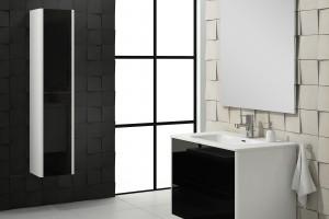 Elegancka łazienka: marketowa kolekcja w czerni i bieli