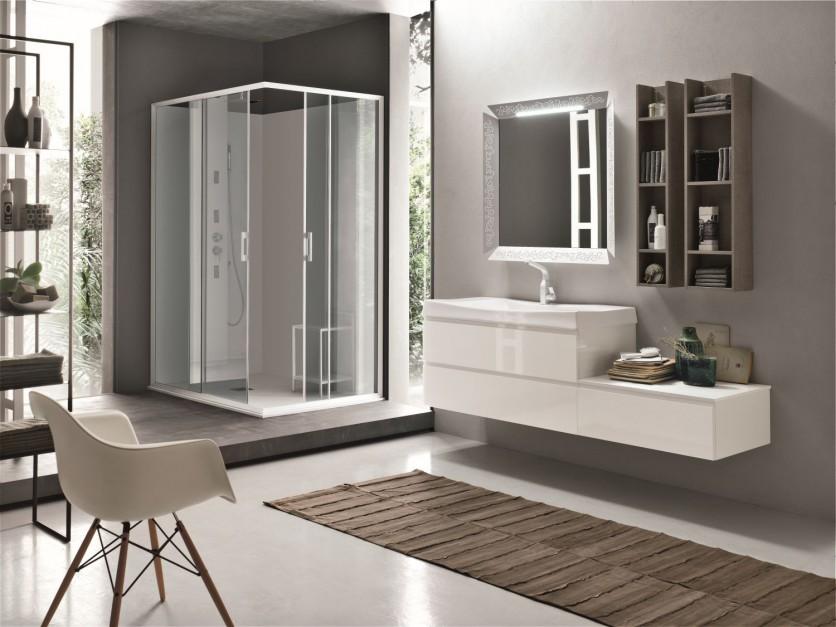 Mała łazienka: wybierz jasne meble na wysoki połysk