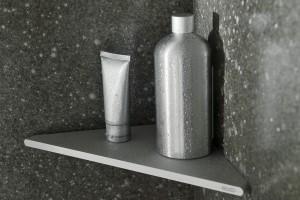 Funkcjonalna łazienka: zobacz praktyczne półki