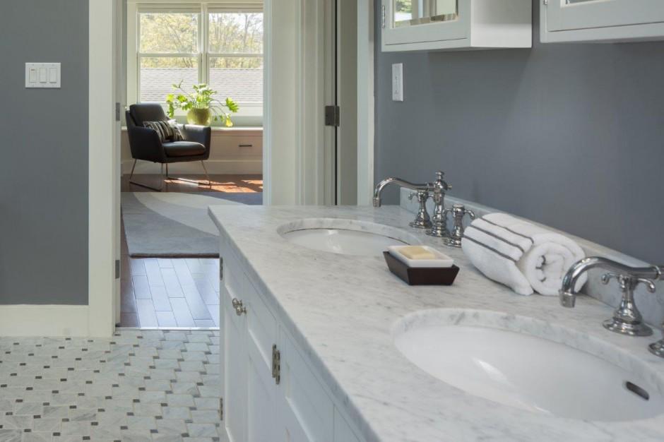 Blat w łazience: trwały i piękny wariant z kwarcytu