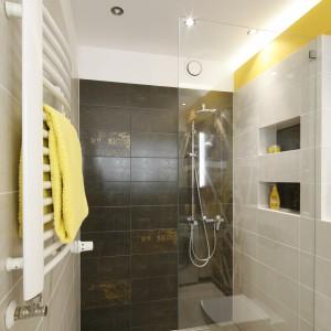 Wnęki i nisze w łazience: 10 przykładów z domów Polaków
