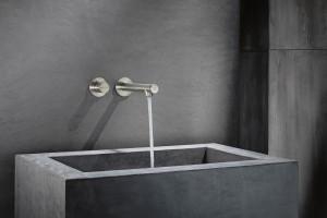 Baterie łazienkowe: piękne wykończenia inne niż chrom