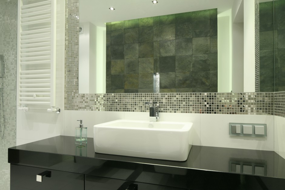 Ściana w strefie umywalki: 10 pomysłów z polskich domów