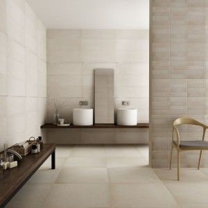 Przytulna łazienka na jesień: płytki ceramiczne w kolorach ziemi