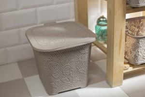 Akcesoria łazienkowe: praktyczne kosze i pojemniki