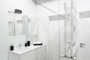 Mała łazienka: co zrobić aby wydała się większa?