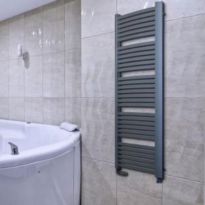 Grzejnik łazienkowy: dobierz do niego zawór