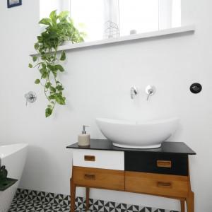 Baterie umywalkowe: podtynkowe modele w polskich łazienkach