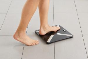 Skuteczne i zdrowe odchudzanie: postaw na inteligentną wagę