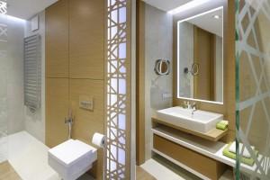 Kolory drewna: tak ocieplisz wizualnie łazienkę