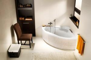Wanny do małej łazienki: 5 narożnych modeli