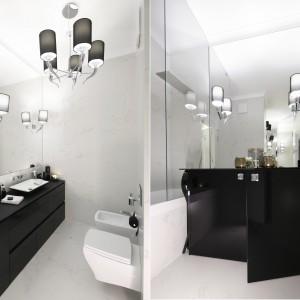 Łazienka w stylu glamour: 10 projektów