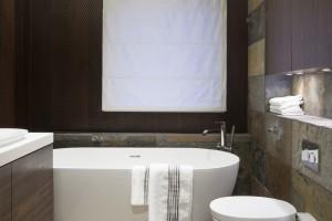 Wanny wolno stojące: tak prezentują się w polskich łazienkach