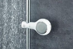 Relaks w łazience: posłuchaj muzyki w wannie lub pod prysznicem