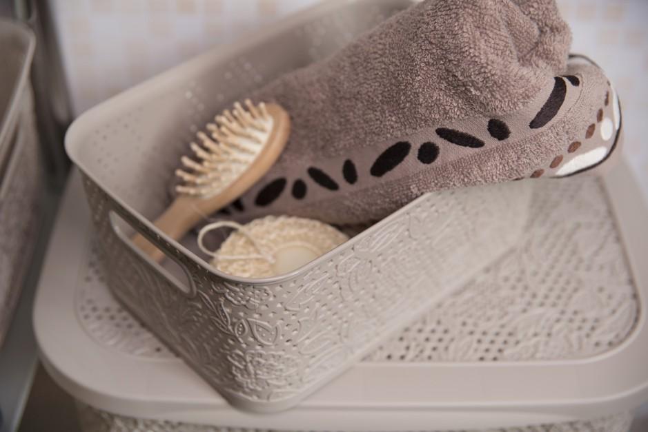 Przechowywanie w łazience: postaw na praktyczne kosze