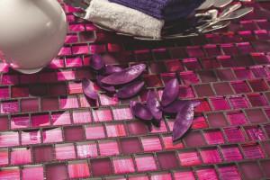Łazienkowe DIY: zrób sobie fugę z brokatem!
