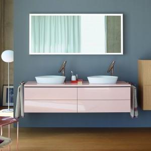 Meble łazienkowe: praktyczne propozycje w kolorze