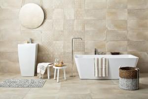 Łazienka w stylu loft: płytki ceramiczne jak beton