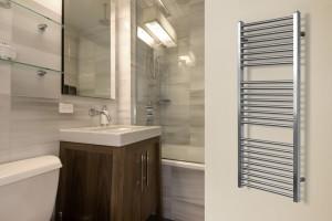 Wybieramy grzejnik łazienkowy: modele ze stali nierdzewnej