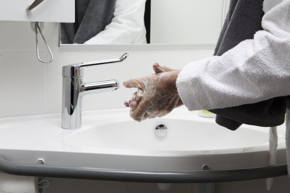 Jak urządzić łazienkę dla osób z niepełnosprawnością?