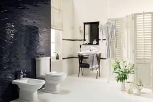 Czarno-biała łazienka: 12 kolekcji płytek