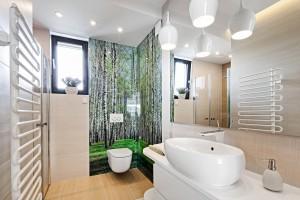 Mała łazienka: praktyczne sposoby na ograniczony metraż
