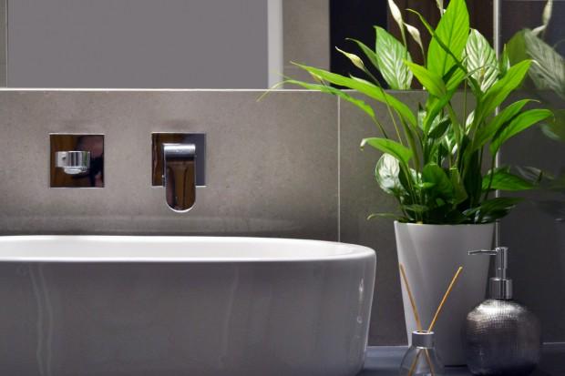 Łazienka dla seniora: zobacz funkcjonalny i estetyczny projekt