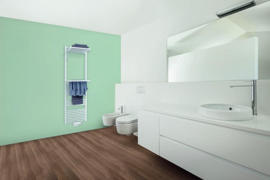 Grzejnik łazienkowy: nowość z funkcją suszenia ręczników