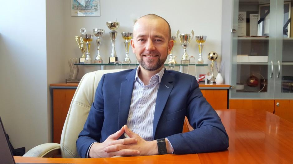 Adam Ptasiński, prezes zarządu Refleks i Salonów Łazienek BLU na Forum Branży Łazienkowej