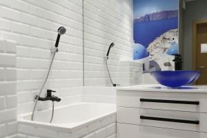 Płytki jak stare kafle: piękne łazienki z polskich domów