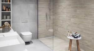 Modne duety w łazience: drewno i beton