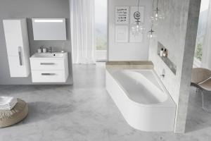 Nieustawna łazienka: postaw na asymetryczną wannę