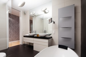 Łazienka w 3D: płytki strukturalne w polskich domach