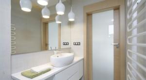 Nablatowe umywalki: 12 przykładów z polskich domów