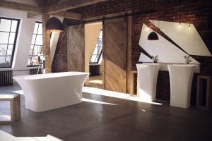Wanna wolno stojąca: 12 modeli do domowego salonu kąpielowego