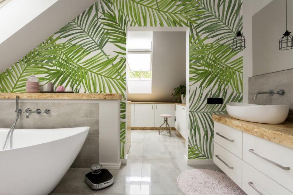 Poczuj lato w łazience: postaw na fototapetę!