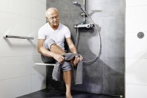 Łazienka wyposażona na miarę aktywnego seniora