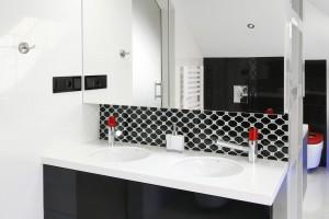 Szafki lustrzane - idealny sposób na małą łazienkę