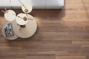 Acero, gresowe płyty podbarwiane w masie o pięknym rysunku drewna od firmy Cerrad