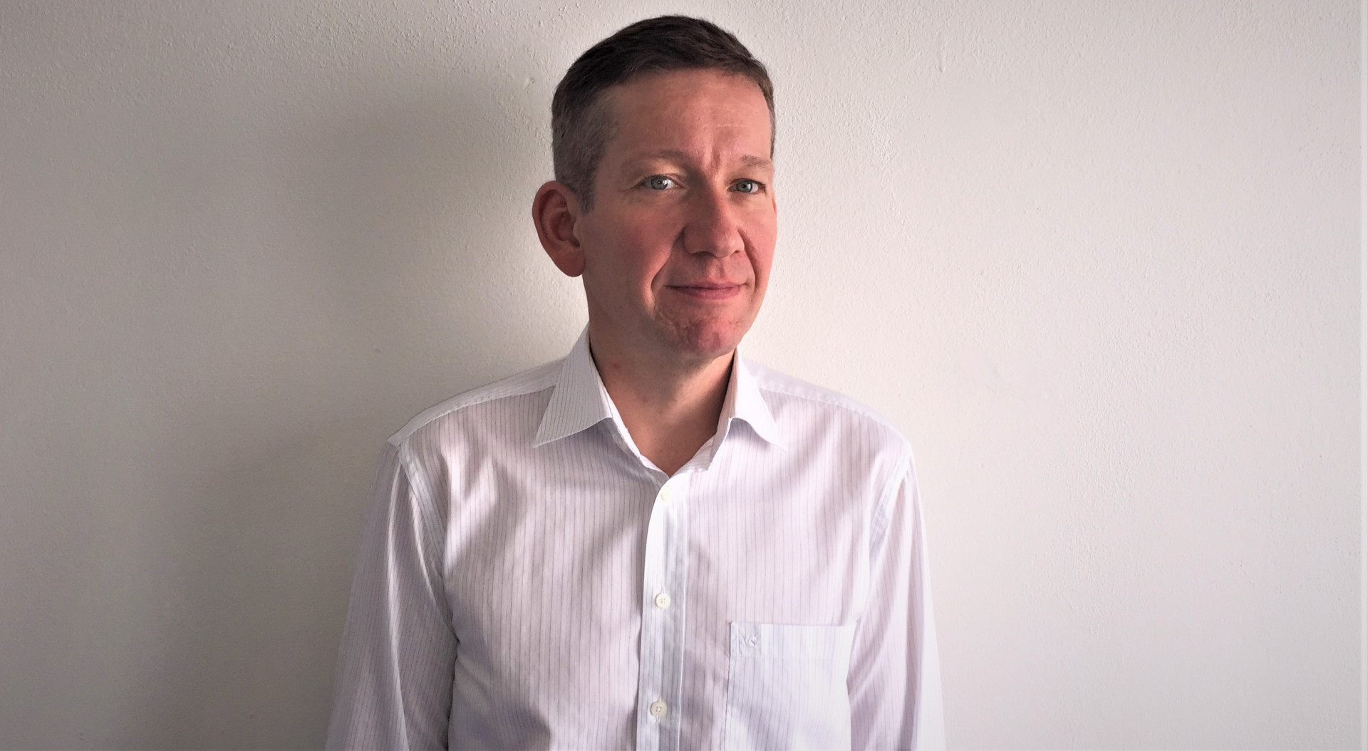 Sebastian Wojciechowski z firmy Deftrans mówi o trendach, które kształtują rynek mebli łazienkowych