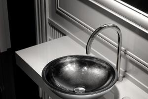 Design w łazience: piękne kryształowe umywalki