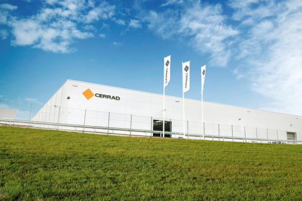 Cerrad otworzył jedną z najnowocześniejszych fabryk na świecie i produkuje największe płyty gresowe w Polsce