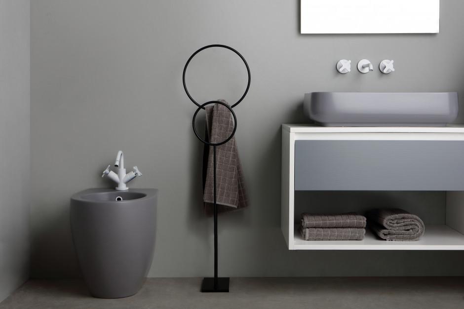 Akcesoria łazienkowe: kolekcja zainspirowana kształtem księżyca