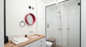 Polskie domy: 14 zdjęć jasnych łazienek