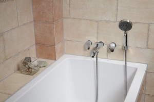 Łazienka z wanną: urządzamy strefę kąpieli
