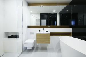 Wnęka pod prysznicem: inspiracje z polskich domów