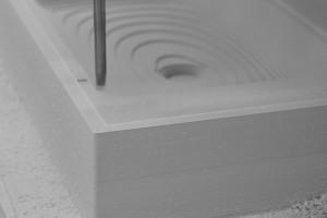 Umywalki z kompozytu: dlaczego warto?