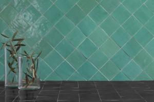 Płytki ceramiczne: 5 kolekcji w zdecydowanych kolorach