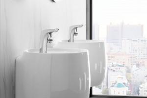 Umywalki z kolekcji Beyond od firmy Roca
